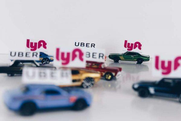 uber vs lyft branding