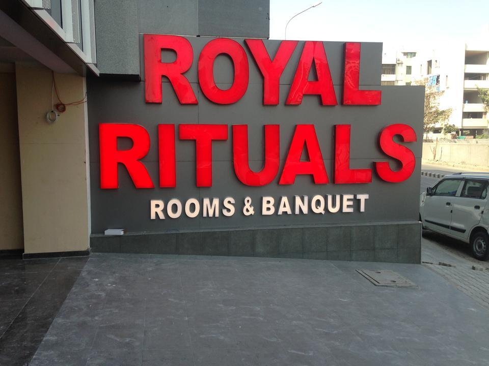Royal Rituals